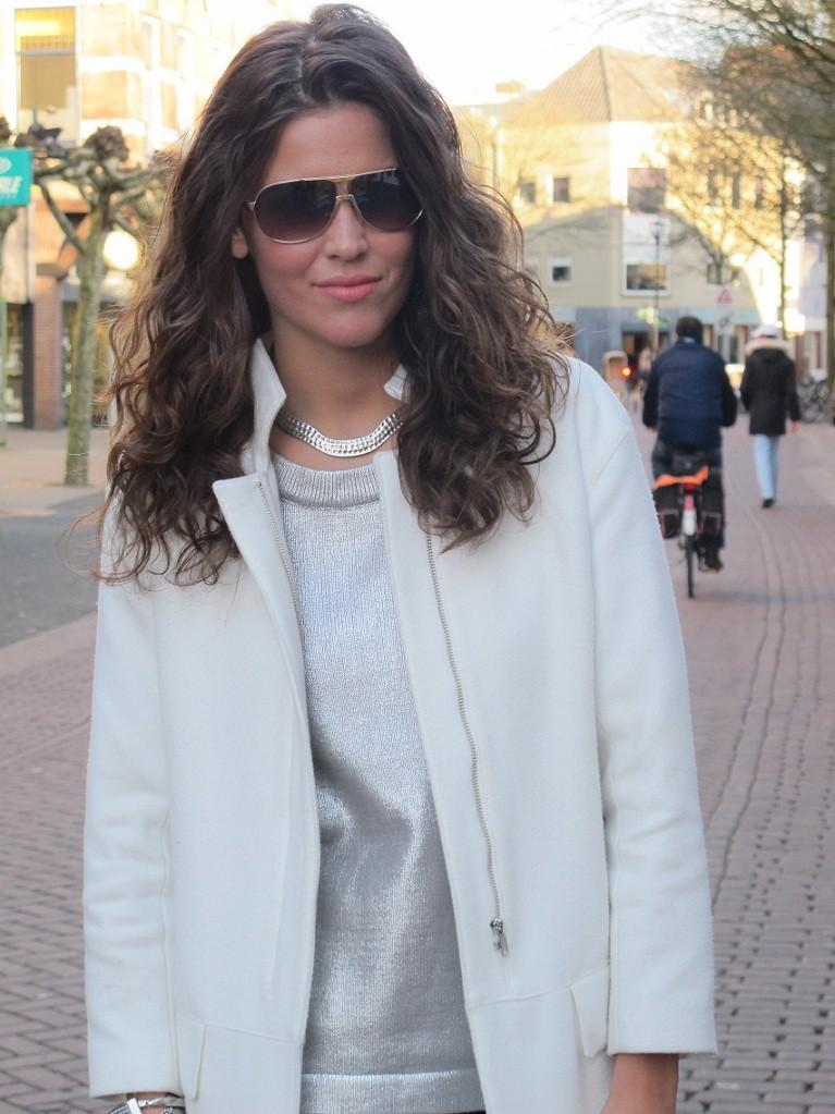 White zipper coat