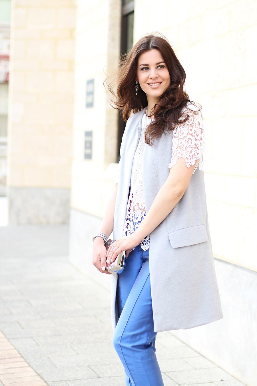 sleeveless-grey-jacket