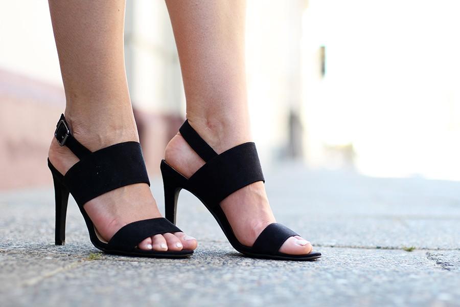 black-oasis-heels