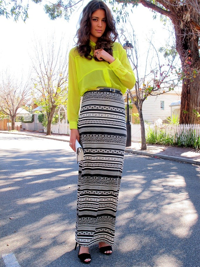 Lovin' bright yellow and print