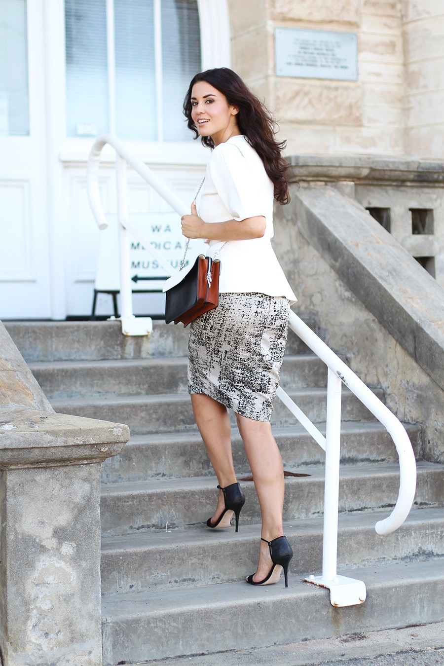 black-strappy-heels