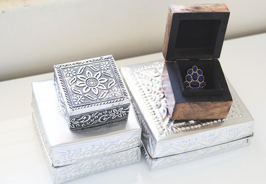 silver-decoration