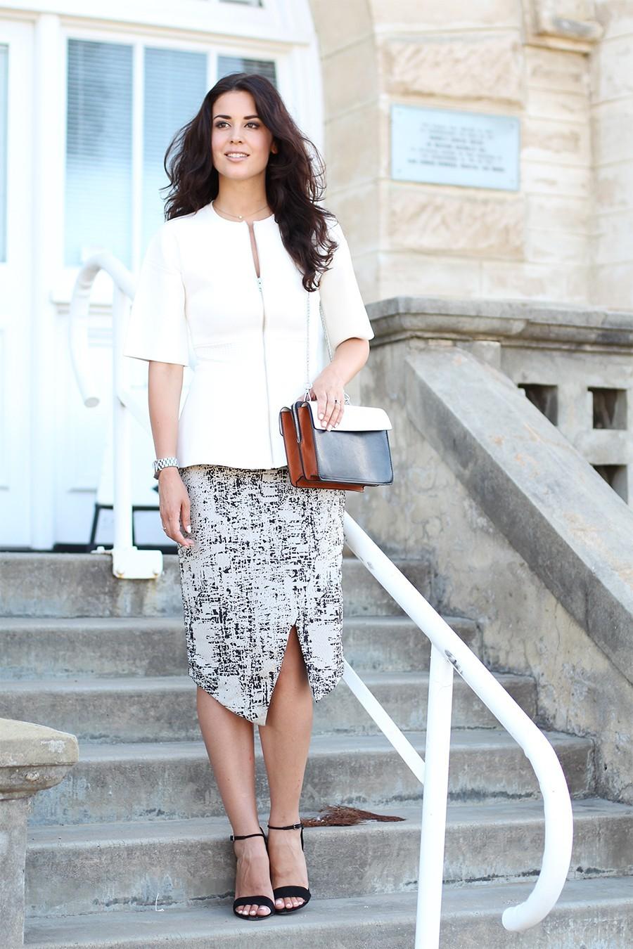 split-skirt